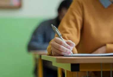 В Беларуси определен перечень предметов школьных выпускных экзаменов в 2021 г