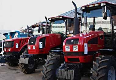 МТЗ планирует возобновить поставку тракторов в Ливию
